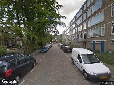 Ambulance naar Miltonstraat in Rotterdam