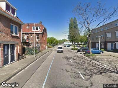 Ambulance naar Meidoornweg in Amsterdam
