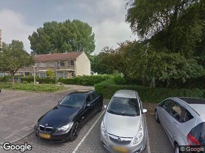 Ambulance naar Puitstraat in Hoogvliet Rotterdam