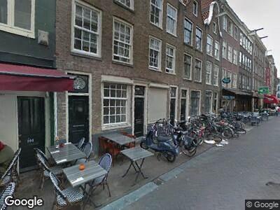 Ambulance naar Lange Leidsedwarsstraat in Amsterdam