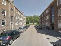 Ambulance naar Carel van Nieveltstraat in Rotterdam