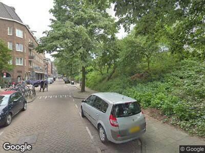 Brandweer naar Schollenbrugstraat in Amsterdam vanwege brand