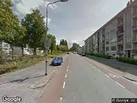 Brandweer naar Maarten Harpertsz. Trompweg in Dordrecht vanwege gebouwbrand