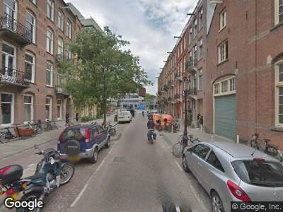 Ambulance naar Gijsbrecht van Aemstelstraat in Amsterdam