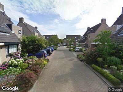 Ambulance met grote spoed naar Lokhorst in Alphen aan den Rijn