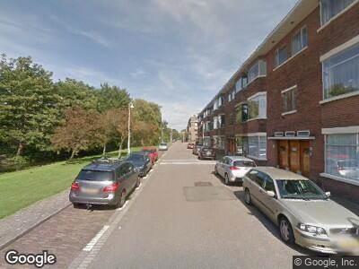 Ambulance met gepaste spoed naar Aronskelkweg in 's-Gravenhage