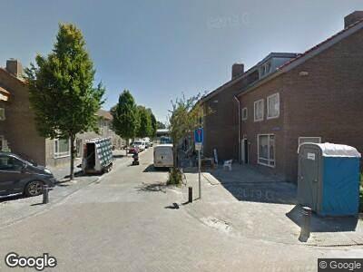 Ambulance met gepaste spoed naar Fahrenheitstraat in 's-Hertogenbosch