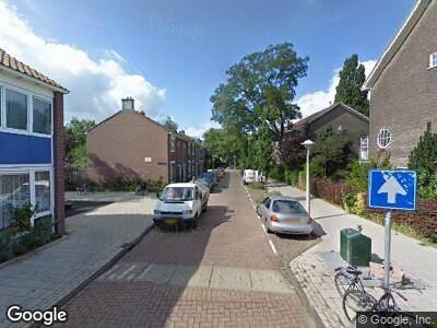 Ambulance met grote spoed naar Van der Vijverstraat in Amsterdam