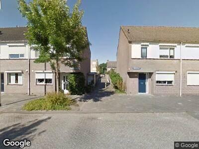Ambulance met gepaste spoed naar Gronsveldlaan in Tilburg