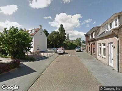 Politie met grote spoed naar Elsstraat in Breda
