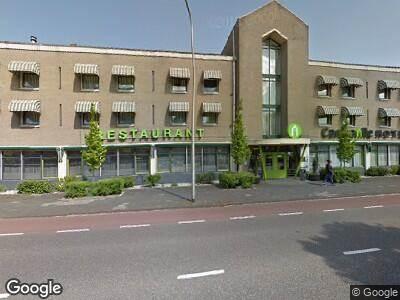 Politie naar Schuttevaerkade in Zwolle vanwege aanrijding met letsel