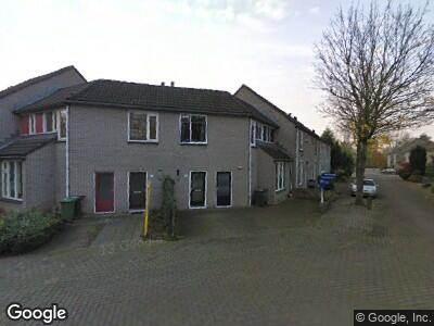 Ambulance met grote spoed naar Serooskerkewal in Arnhem