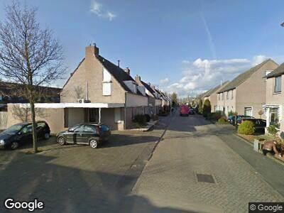 Ambulance met grote spoed naar Hulsbergstraat in Tilburg