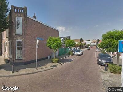 Ambulance met gepaste spoed naar Wagenstraat in Lisse