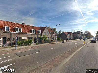 Politie naar Amsterdamsestraatweg in Utrecht vanwege aanrijding met letsel
