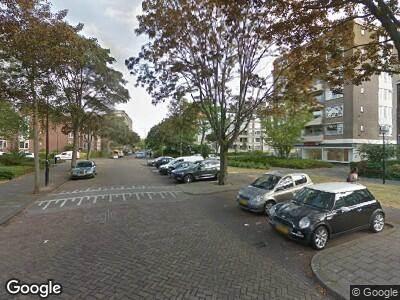 Ambulance met gepaste spoed naar Minister Aalberselaan in Rijswijk