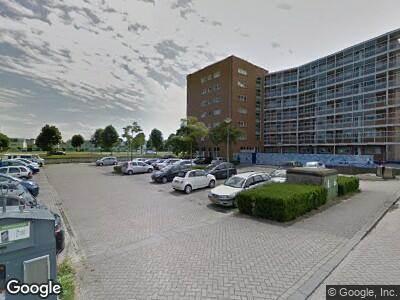 Brandweer met gepaste spoed naar Palembangweg in Almere