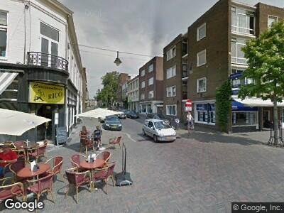 Politie naar Steenstraat in Arnhem