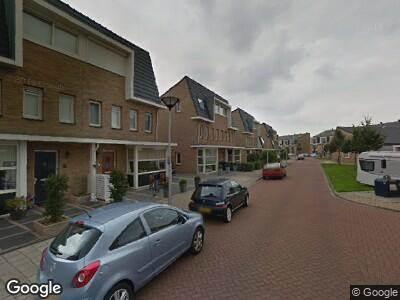 Ambulance met gepaste spoed naar Clausstraat in Hellevoetsluis