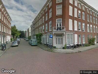 Ambulance met gepaste spoed naar Atjehstraat in 's-Gravenhage