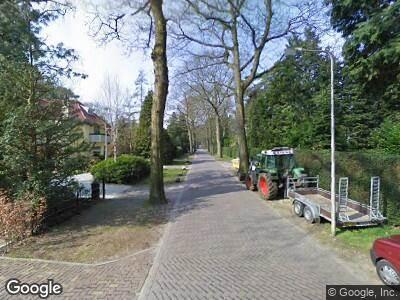 Politie naar Vossenlaan in Bosch en Duin