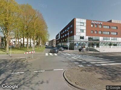 Politie met grote spoed naar Kloosterplein in Breda vanwege letsel