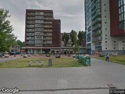 Ambulance met gepaste spoed naar Vlissingenplein in Rotterdam