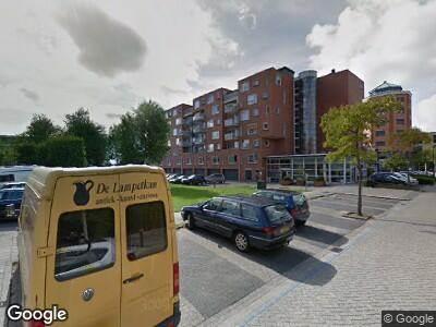 Ambulance met grote spoed naar Nelson Mandelastraat in Heerhugowaard
