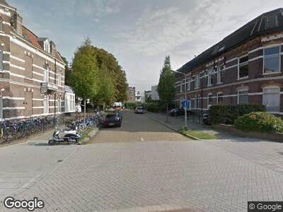 Ambulance met gepaste spoed naar Van Oldenbarneveltstraat in Nijmegen