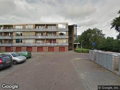 Politie naar Vincent van Goghstraat in Rijssen vanwege aanrijding met letsel