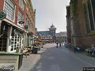 Ambulance met gepaste spoed naar Riviervismarkt in Haarlem