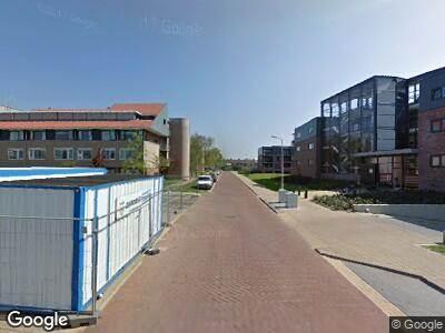 Ambulance met grote spoed naar Lage Weide in Limmen