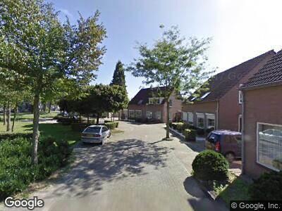 Ambulance met grote spoed naar Terpeborch in Rosmalen