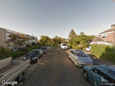 Ambulance met grote spoed naar Sparrenlaan in Zwanenburg