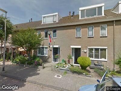Ambulance met grote spoed naar Kaagkade in Zoetermeer