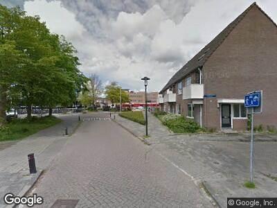 Politie met grote spoed naar Hollanderdijk in Leeuwarden vanwege ongeval met letsel