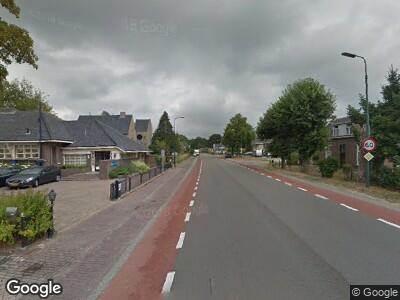 Brandweer met gepaste spoed naar Nieuweweg-noord in Veenendaal vanwege verkeersongeval