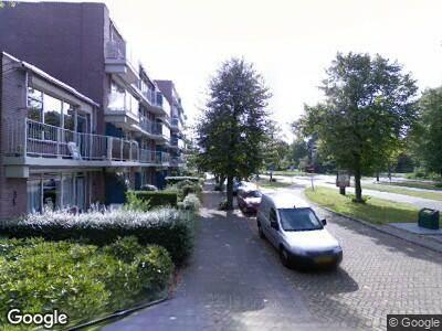 Ambulance met grote spoed naar Prof. Meijerslaan in Rijswijk