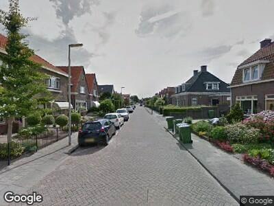 Brandweer met grote spoed naar Admiraal de Ruyterstraat in Oud-Beijerland vanwege gebouwbrand