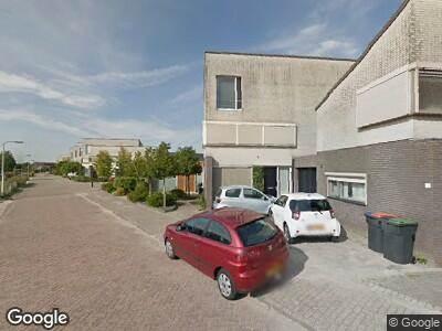 Ambulance met grote spoed naar Marlestraat in Tilburg