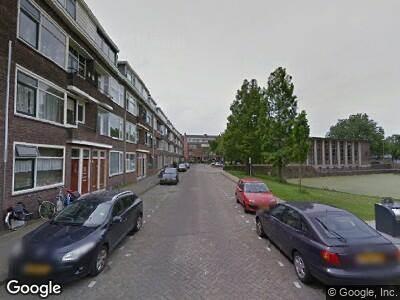 Ambulance met grote spoed naar Marconistraat in Schiedam