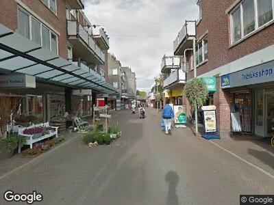 Politie naar Kruisstraat in Almere vanwege overval