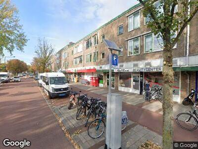 Ambulance met gepaste spoed naar Krakeelpolderweg in Delft