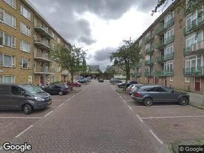 Ambulance naar Baas Gansendonckstraat in Amsterdam