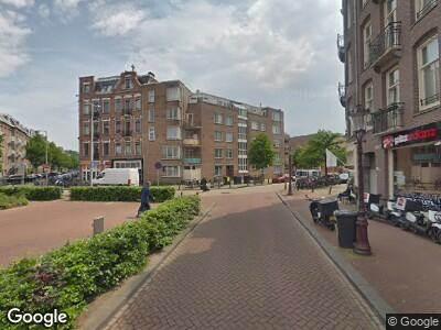 Ambulance naar Eerste Atjehstraat in Amsterdam