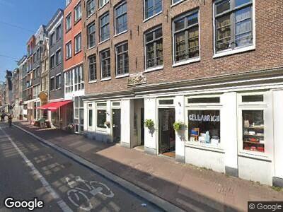 Ambulance naar Haarlemmerdijk in Amsterdam