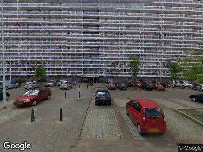 Ambulance naar Albert Camusplaats in Rotterdam