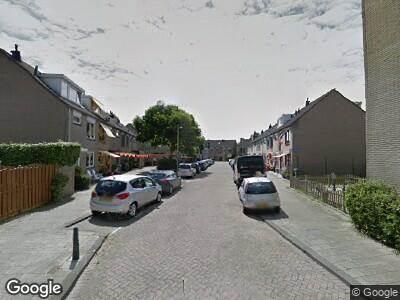 Ambulance naar Mahoniestraat in Rotterdam
