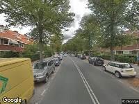 Ambulance naar Van Zuylen van Nijeveltstraat in Wassenaar