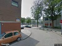 Ambulance naar Van Malsenstraat in Rotterdam